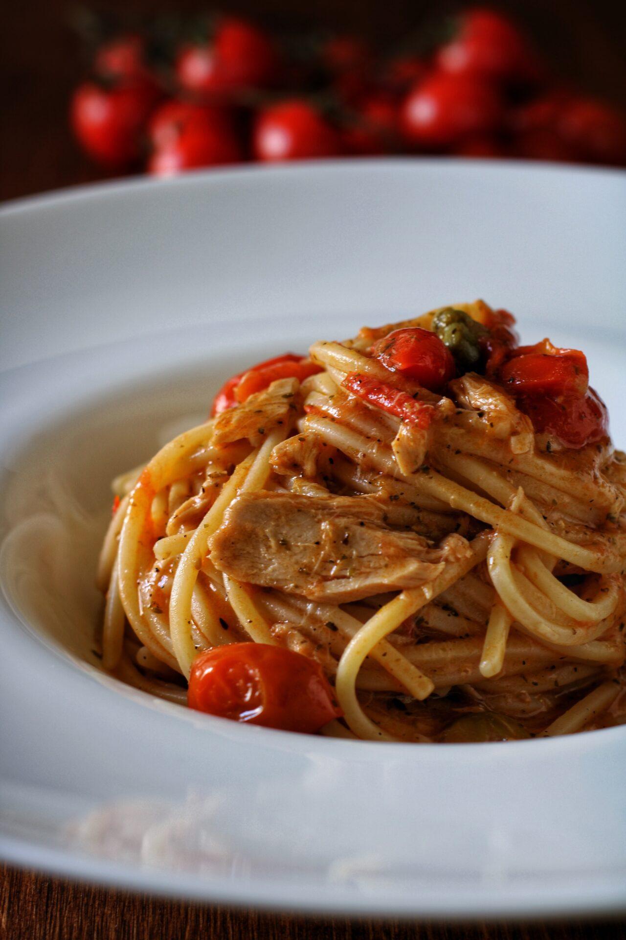 FERRAGOSTO con Pasta Armando | Lo Spaghetto alla chitarra con pomodorini, tonno e capperi di Il Pugliese che cucina