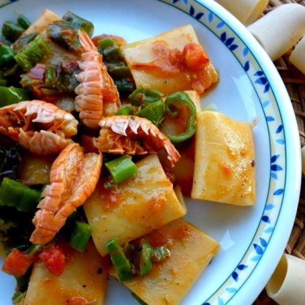 Paccheri with prawns